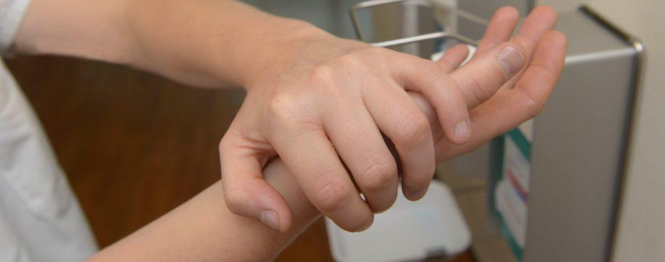 Herzerfrischend 3_2_Abteilungen_Hygiene-938x370 Hygiene ist nicht alles, ... Hygiene  Hygienefachkraft Hygiene Ausbildung